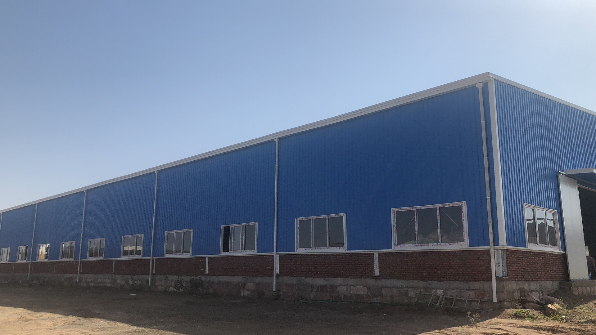 High-Quality-Africa-Project-Prefab-Steel-Warehouse-Factory-Shed